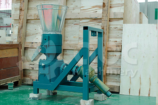 tractor powered feed mill for making poultry feed and cattle feed