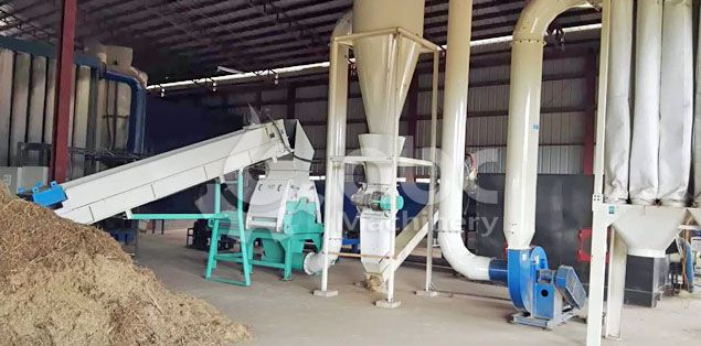 crushing machine of the pelletizing plant